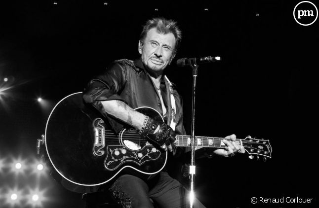 "<div style=""text-align: left;"">Johnny Hallyday</div>"