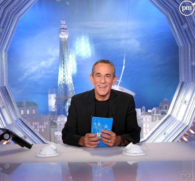 """""""Salut les terriens"""", présenté par Thierry Ardisson, tous les samedis sur C8."""