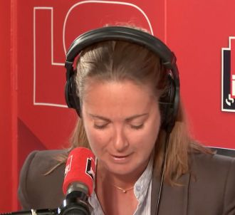 Charline Vanhoenacker ironise sur la contre-programmation...
