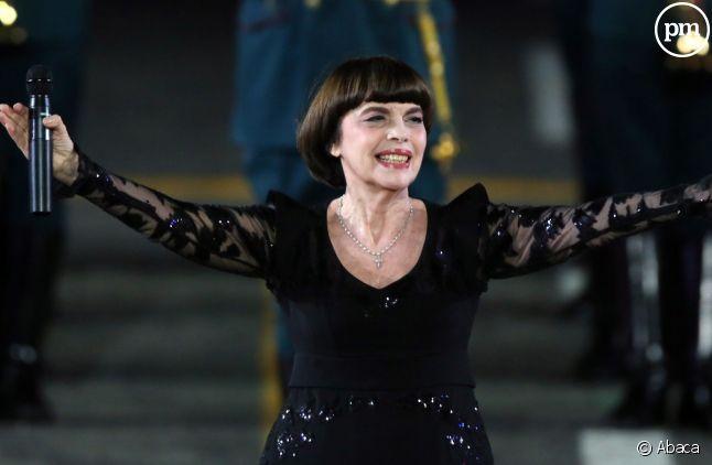 Mireille Mathieu sur scène à Moscou