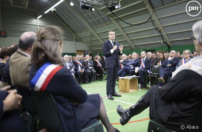 Emmanuel Macron face à 600 maires normands, à Grand Bourgtheroulde, le 15 janvier 2019.