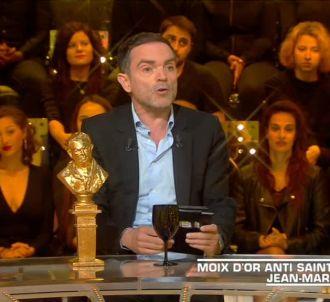 Yann Moix dans 'Salut les Terriens !'