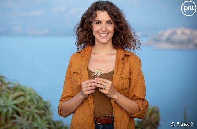 "Fanny Agostini, présentatrice de ""Thalassa"""