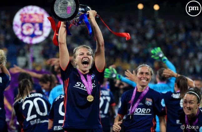 Ada Hegerberg après la victoire lyonnaise en 2018