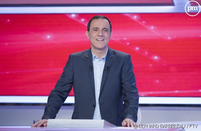 """Thierry Beccaro sur le plateau de """"Motus"""""""