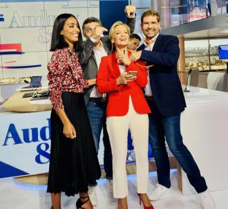 Audrey Crespo-Mara et ses chroniqueurs