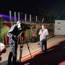 Les médias marocains en direct des coulisses du concert.