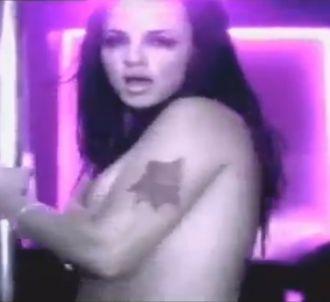Le clip 'Gimme More' en version alternative