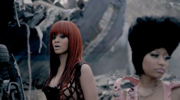 Rihanna et Nicki Minaj dans le clip de
