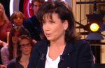 """Anne Sinclair : """"Je me suis gourée en ne recevant pas Le Pen dans '7 sur 7'"""""""