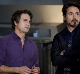 Mark Ruffalo et Robert Downey, JR. dans 'Avengers'