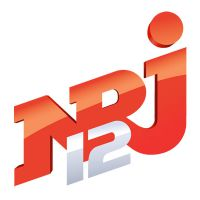 NRJ 12 lance un programme court sur les premiers amours des stars