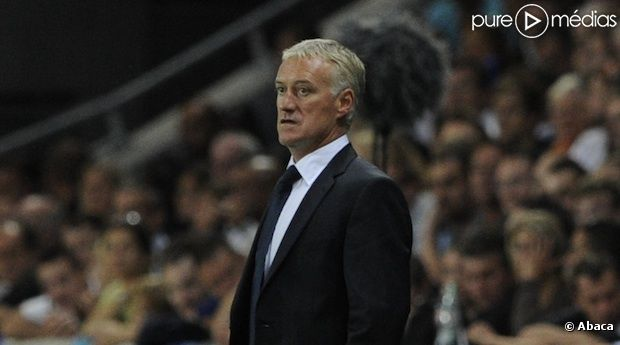 Didier Deschamps, capitaine de l'équipe de France de football.