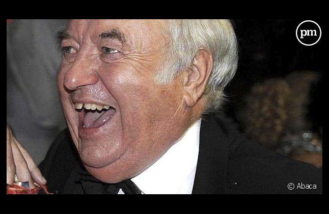 Jimmy Tarbuck arrêté pour agression pédophile