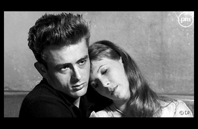 """James Dean et Julie Harris en 1955 dans """"A l'est d'Eden"""" d'Elia Kazan"""