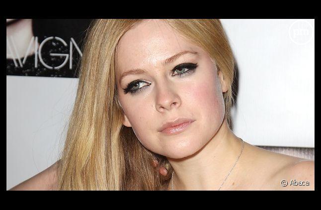 Avril Lavigne rate son retour dans les charts britanniques