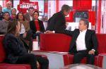 """""""Vivement Dimanche"""" : Quand une spectatrice part aux toilettes en pleine émission"""