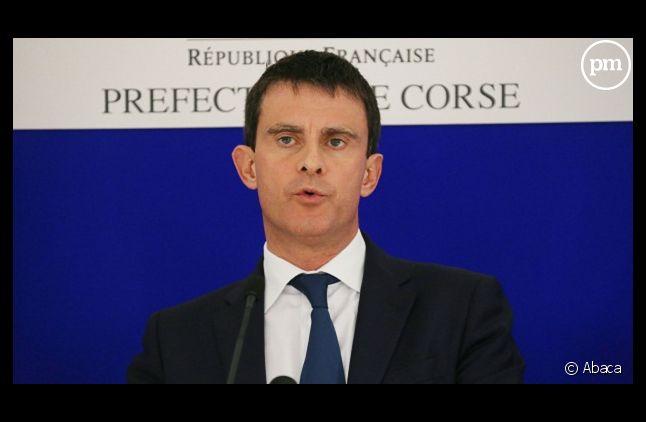 Manuel Valls cherche-t-il à démasquer les sources d'un journaliste du <em>Figaro</em> ?
