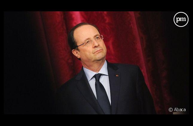 """Le Monde"" raconte la nuit blanche de François Hollande"