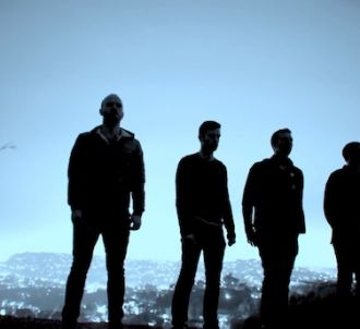 Coldplay dans le clip de 'Midnight'