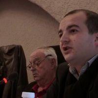 David Rachline, nouveau maire FN de Fréjus, s'énerve contre la construction d'une mosquée