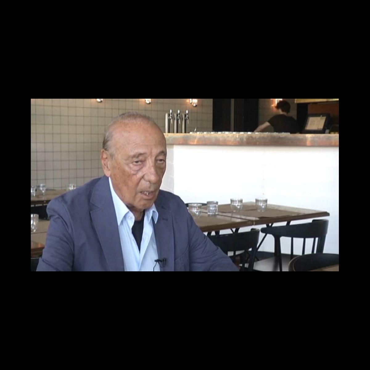 """Jacques Séguéla : """"Même un clochard peut mettre 1.500 euros de côté pour  s'offrir une Rolex"""" - Puremedias"""