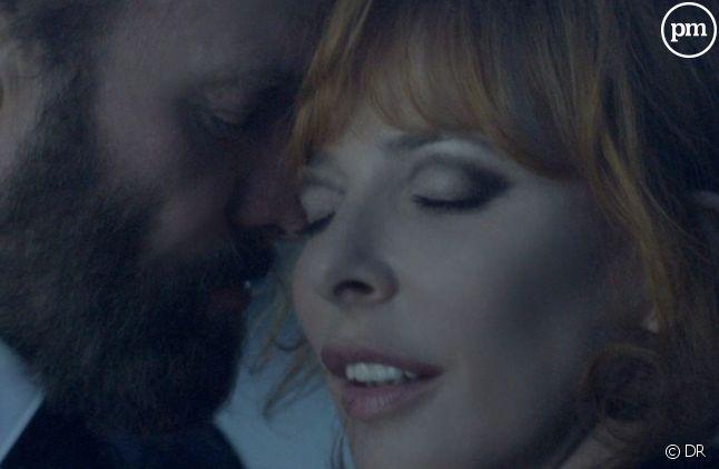 """Sting et Mylène Farmer dans le clip de """"Stolen Car"""""""