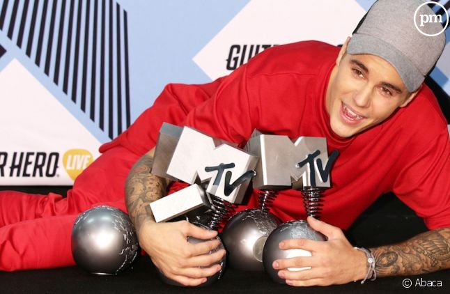 Justin Bieber triomphe aux MTV Video Music Awards 2015