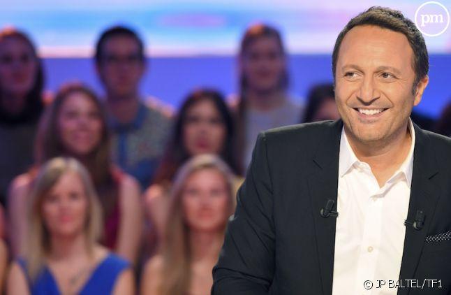 """Arthur présente """"L'Hebdo Show"""" sur puremedias.com"""