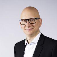 TF1 : Ara Aprikian met en place sa garde rapprochée, Xavier Gandon à la direction des antennes