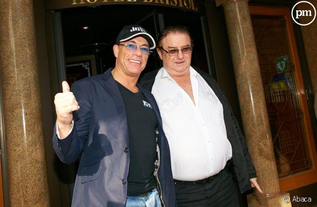 Michel Adam Lisowski, accompagné de Jean-Claude Van Damme