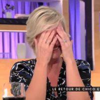 Anne-Elisabeth Lemoine prise d'un fou rire dans