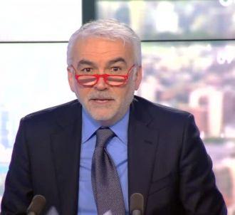 Pascal Praud dézingue les membres de la 'Ligue du Lol'.