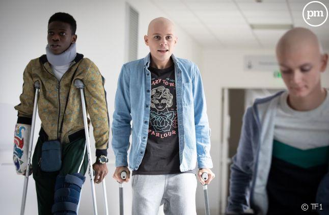 """<p><span>Azize Diabate (Medhi), Audran Cattin (Thomas) et Tom Rivoire (Clément) dans """"Les Bracelets Rouges""""</span></p>"""