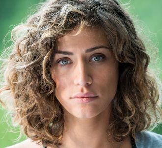 Manon Azem dans 'Les Ombres rouges'