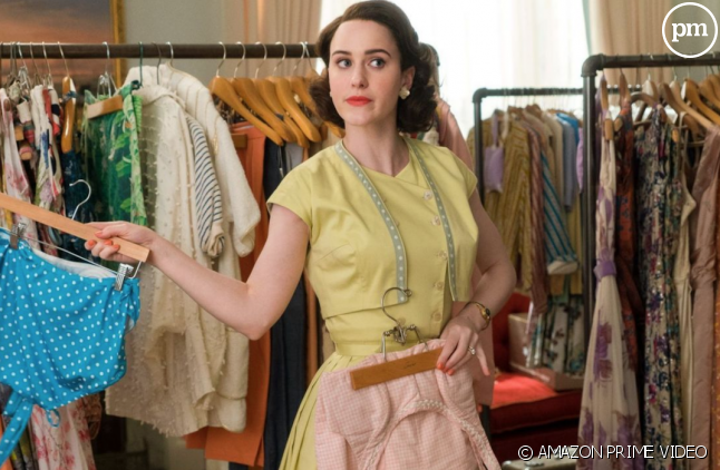 "Rachel Brosnahan dans ""The Marvelous Mrs Maisel"""