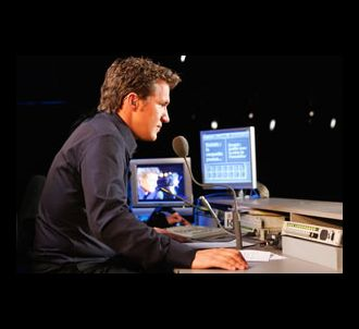 Benjamin Castaldi produit 'Totale Impro' sur M6