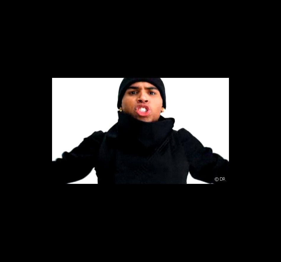 """Chris Brown dans le clip de """"I Can Transform Ya"""""""