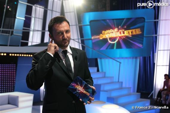 """Frédéric Lopez présente """"Panique dans l'oreillette""""."""