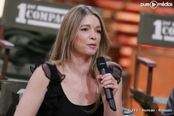 """Hélène Rollès en février 2005 sur le plateau de """"1ère compagnie""""."""