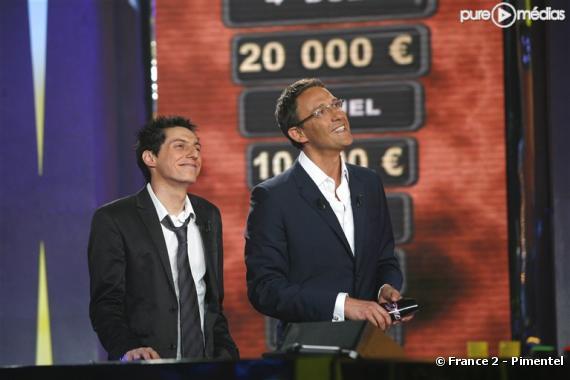 """Julien Courbet présente """"Le 4ème Duel"""" sur France 2"""