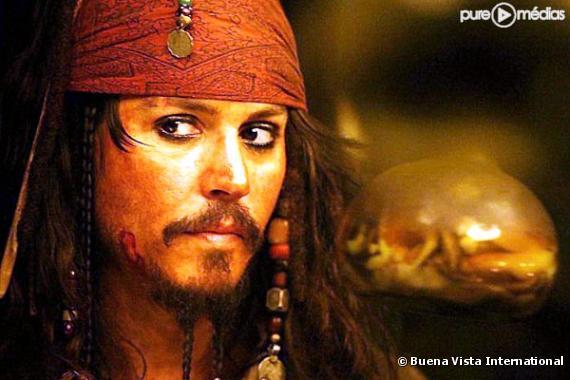 """Johnny Depp dans """"Pirates des Caraïbes, le secret du coffre maudit""""."""