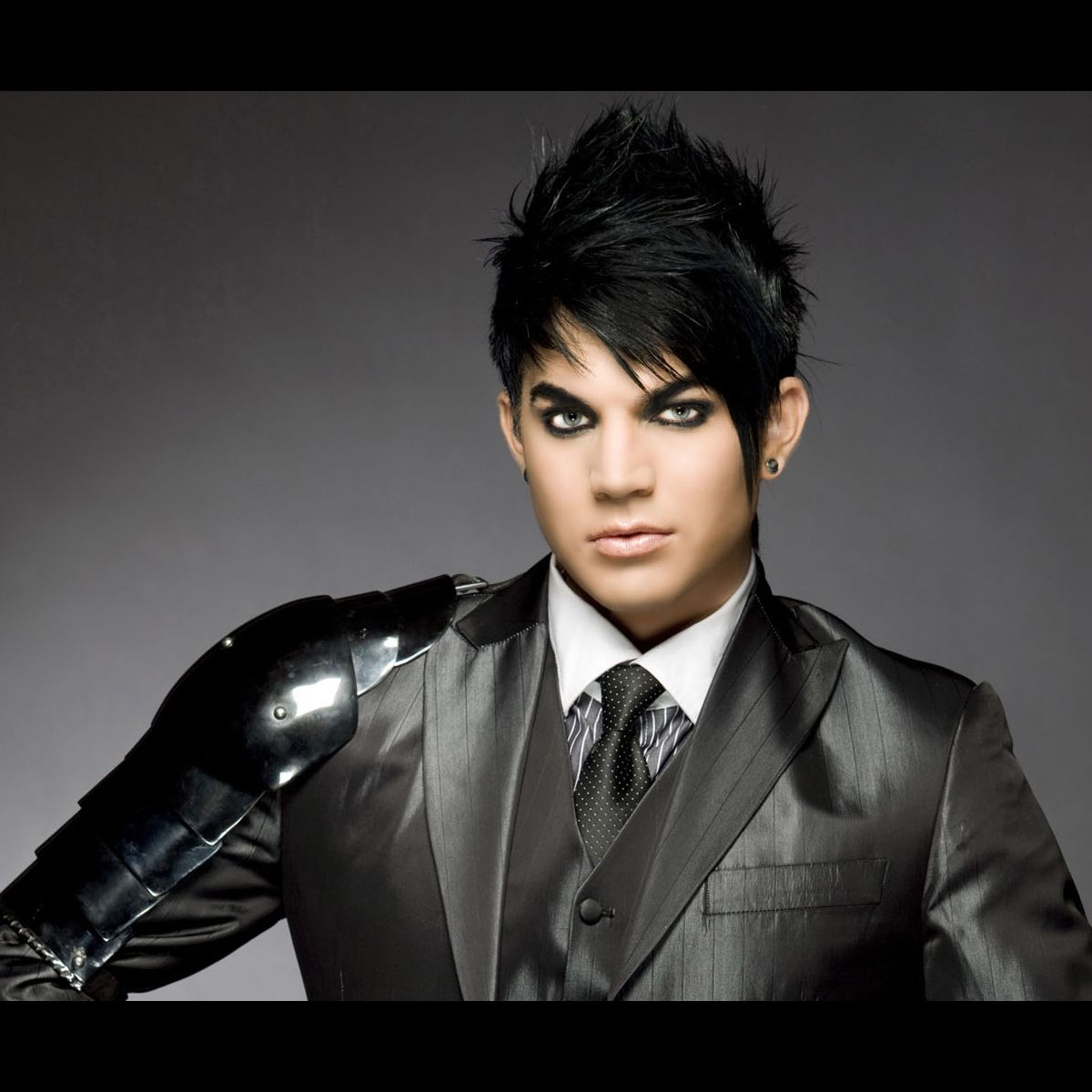 adam lambert hair style adam lambert photo puremedias 7937