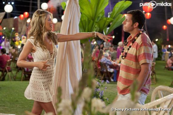 "Jennifer Aniston et Adam Sandler dans ""Le Mytho - Just Go With It"""