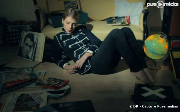 """Mélanie Laurent dans le clip de """"En t'attendant"""""""