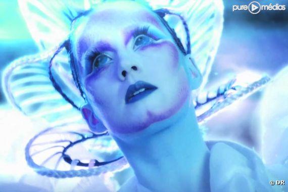 """Katy Perry dans le clip de """"E.T."""""""