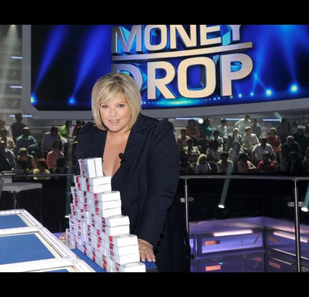 "Laurence Boccolini sur le plateau de ""Money Drop""."