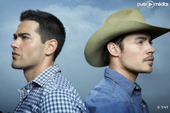 "Jesse Metcalfe et Josh Henderson dans ""Dallas"" 2012"