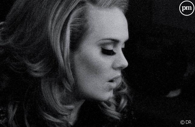 """Adele sur la pochette de """"Set Fire to the Rain"""""""