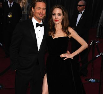Brad Pitt et Angelina Jolie sur le tapis rouge des Oscars...